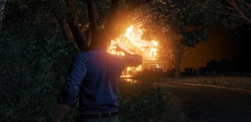 В начале игры горит дом