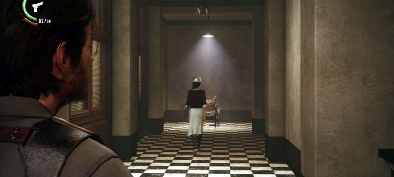 Медсестра в коридоре