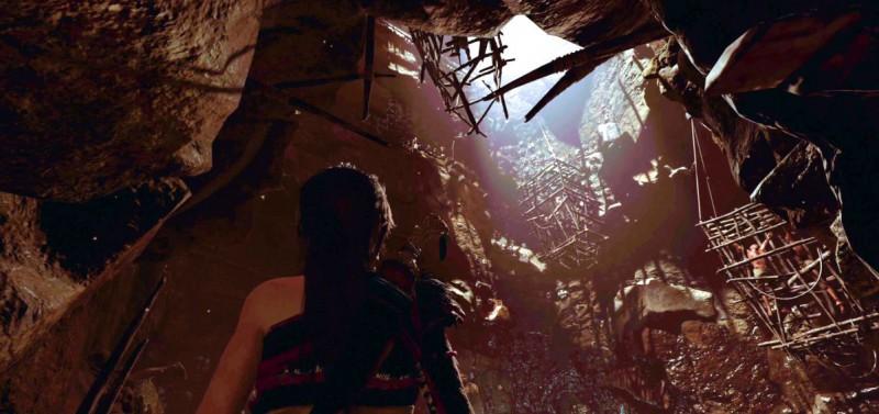 Мрачная змейская пещера
