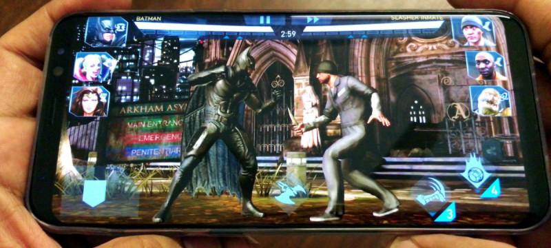 Samsung Galaxy S8 с игрой