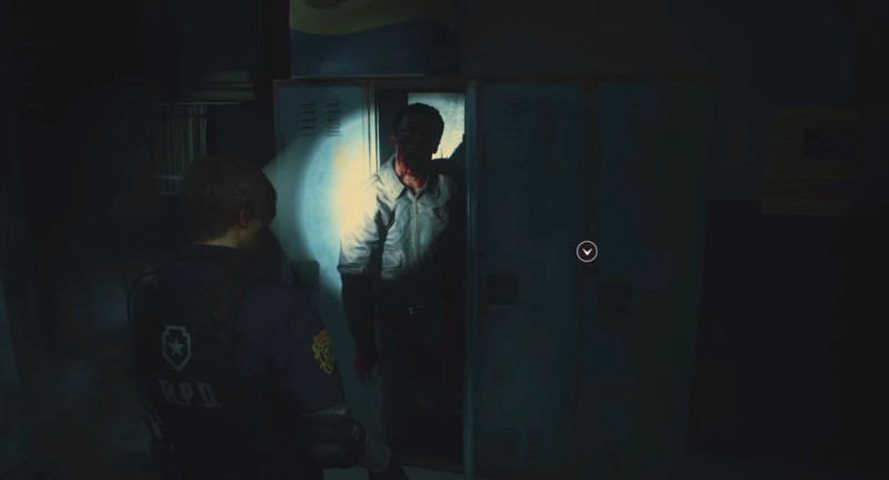 Зомби из ящика в душевой