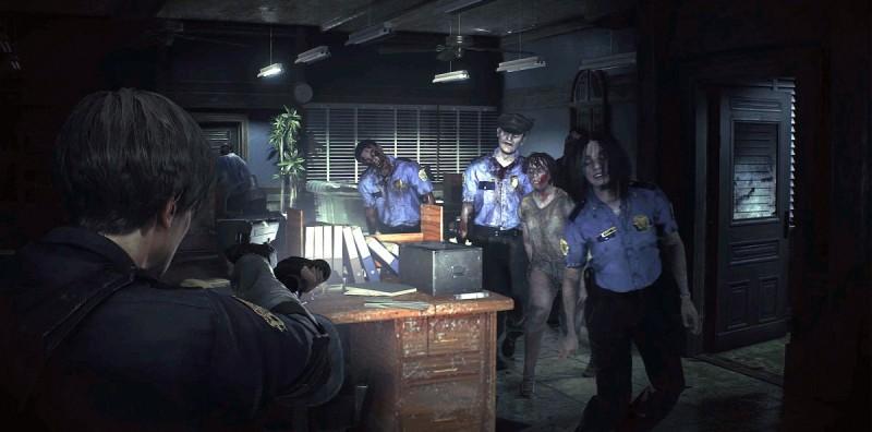 Толпа зомби-полицейских против Леона