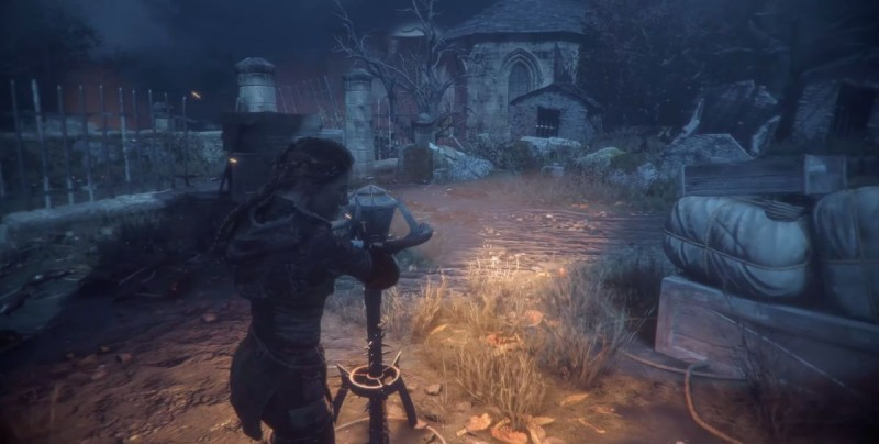 Поворачиваем кладбищенские фонари