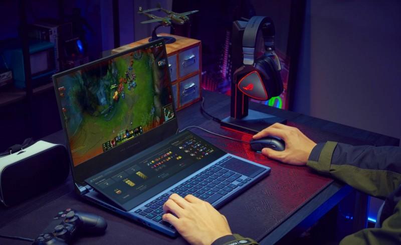 ASUS ROG Zephyrus Duo в игре